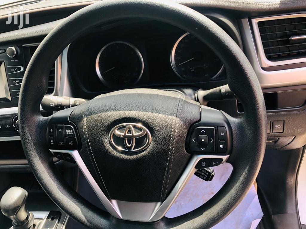 Toyota Kluger 2017 Silver | Cars for sale in Kinondoni, Dar es Salaam, Tanzania