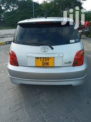 Toyota IST 2005 Silver   Cars for sale in Dar es Salaam, Kinondoni