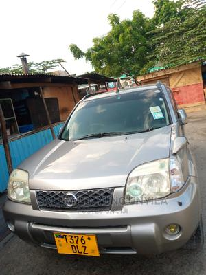Nissan X-Trail 2003 2.0 Comfort Silver | Cars for sale in Dar es Salaam, Kinondoni