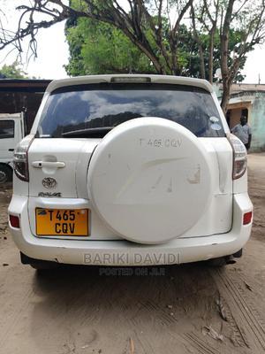 Toyota RAV4 2006 2.0 4x4 VX Automatic White   Cars for sale in Dar es Salaam, Ilala