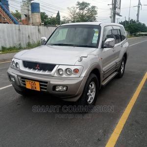 Mitsubishi Pajero 2000 Gray   Cars for sale in Dar es Salaam, Kinondoni