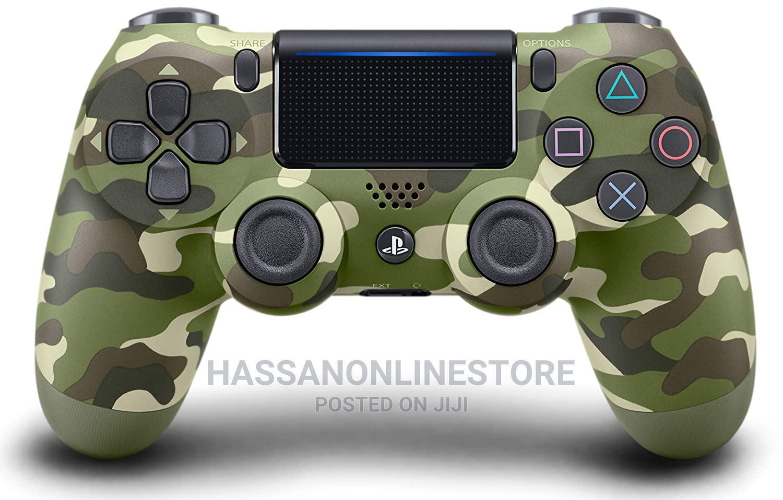 Playstation 4 Dualshock 4 Controller (Green Camo)