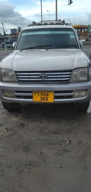 Toyota Land Cruiser Prado 2001 White   Cars for sale in Dar es Salaam, Kinondoni